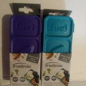 2 new Trudeau snack containers
